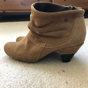 Pikolino suede heeled bootie